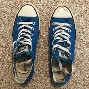 Converse blue low tops
